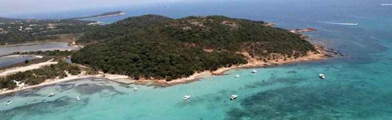 Yachtcharter Flottille Segeltörn Segelurlaub Yachturlaub Frankreich Südfrankreich Côte d'Azur Cote d'Azur Korsika Marseille © Dream Yacht Charter