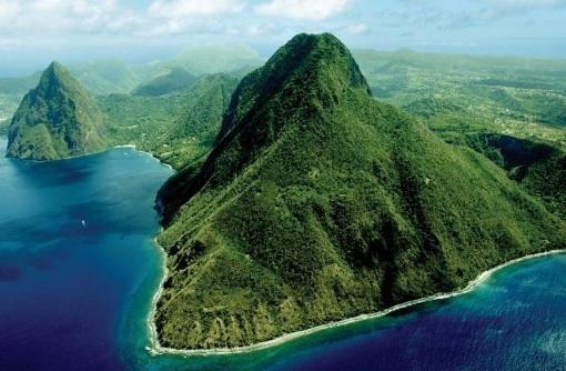 Yachtcharter Segeltörn Segelurlaub Yachturlaub Oneway Karibik Antigua St Lucia Guadeloupe Exumas © Caribbean Journal