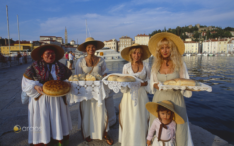 Frauen in Piran