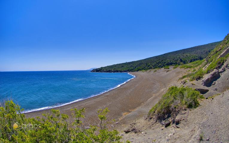 Strand von Nissyros