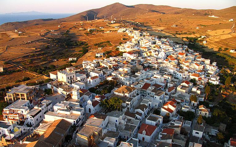 Ortschaft Merichas auf der Insel Kythnos