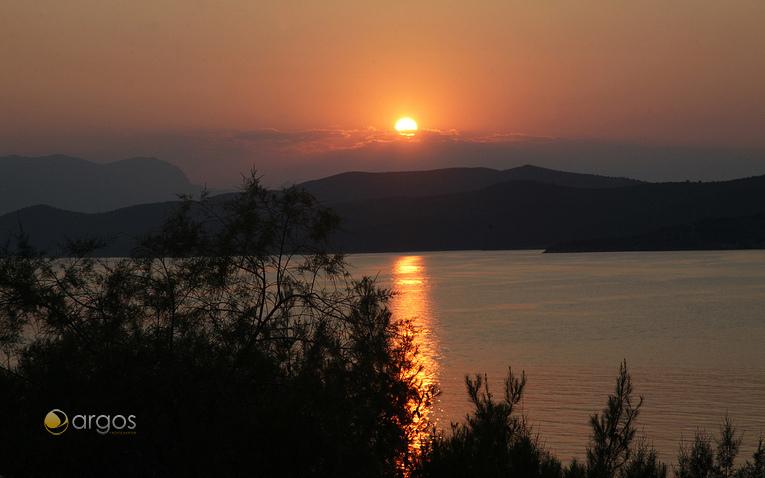 Sonnenuntergang in Poros