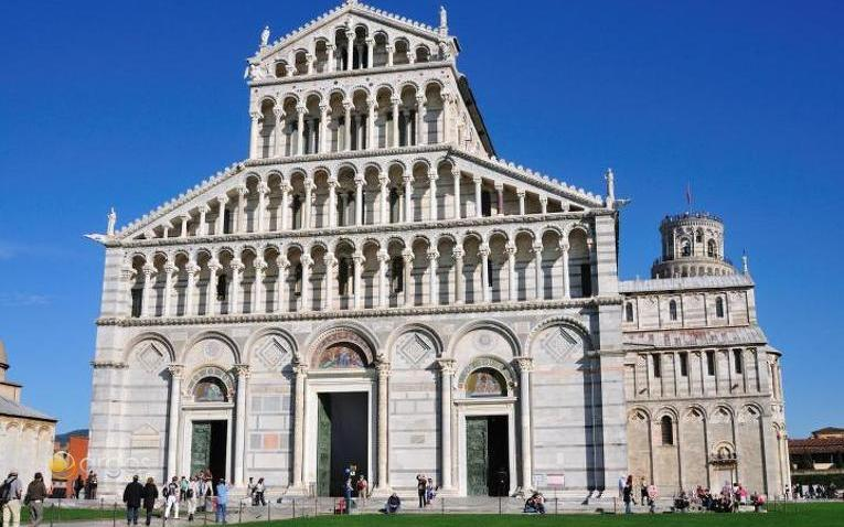 Kathedrale und Schiefer Turm von Pisa