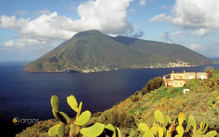 Blick auf die Insel Lipari