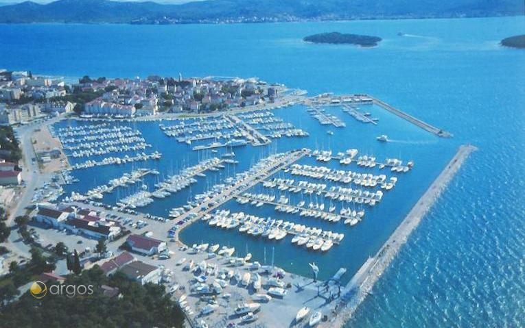 Hafen von Biograd
