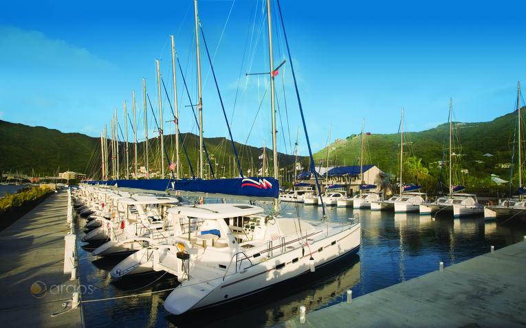 Yachten im Hafen von Tortola