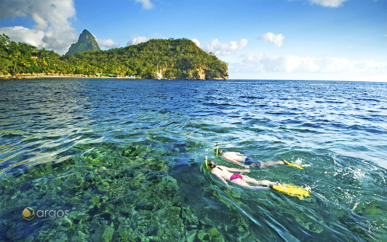 Schnorcheln in den Riffen rund um St Lucia