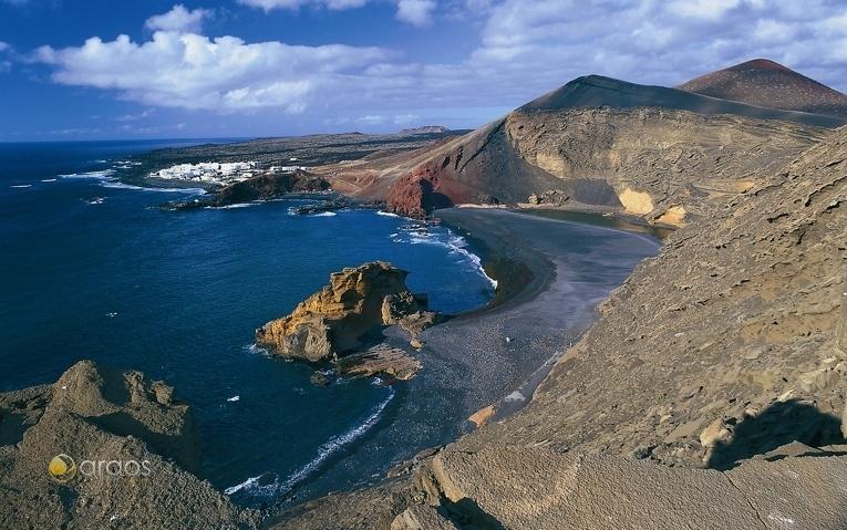 Blick auf den Küstenort El Golfo