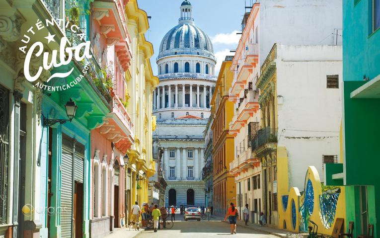 Angemalte Gebäude in Havana