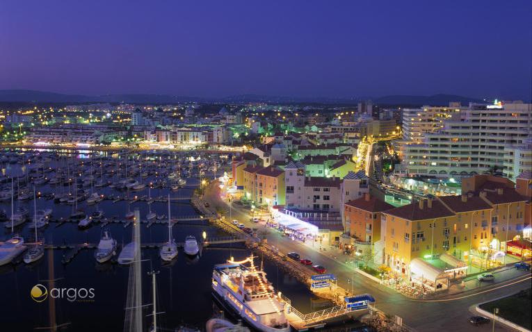 Marina de Vilamoura bei Nacht
