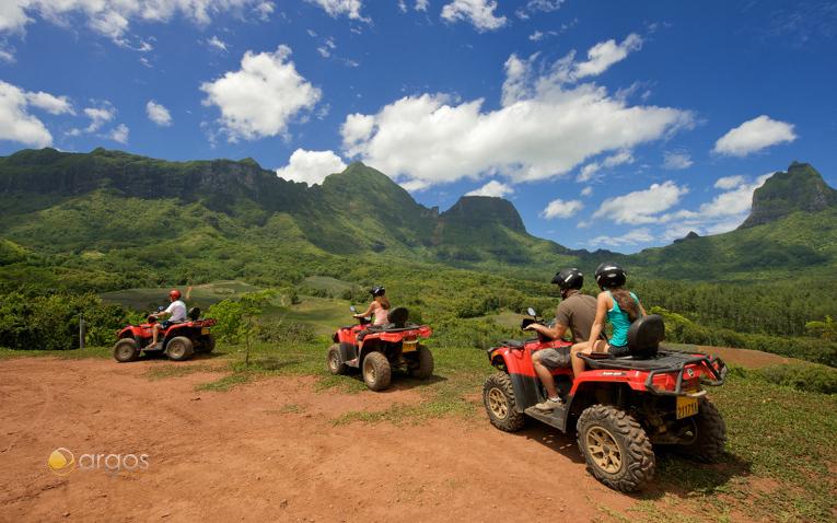 Quad-Tour über die Insel Mooera
