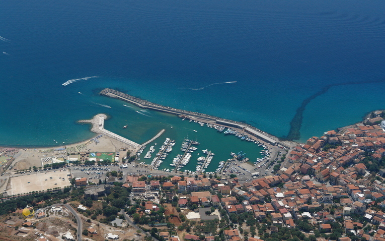 Hafen von Camerota