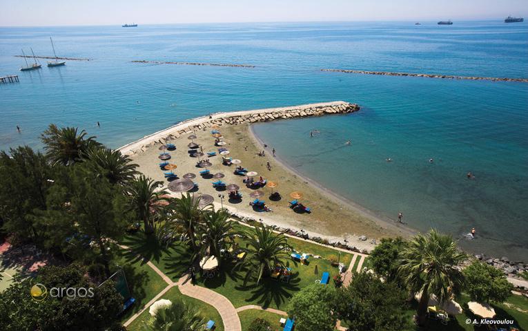 Blick auf einen Strand in Limassol