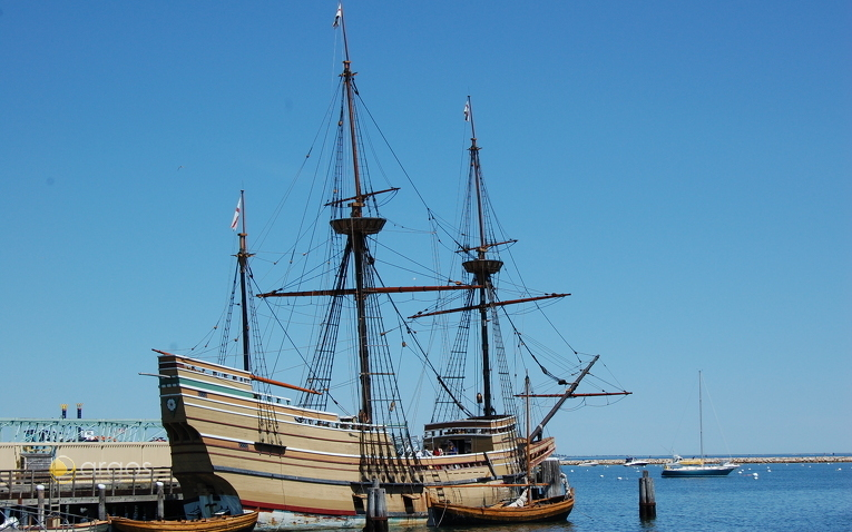 Mayflower II in Plymouth - Cape Cod Bay