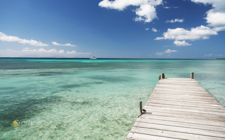 Traumhafte Landschaften entdecken bei einem Yachtcharter in Antigua