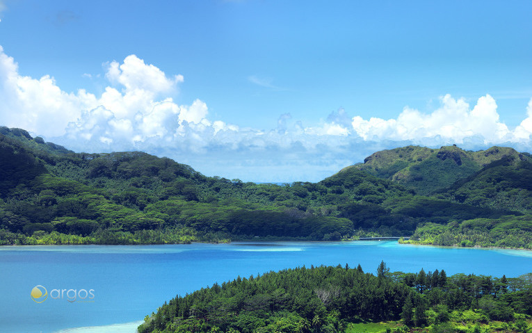 Hübsche Insel Huahine