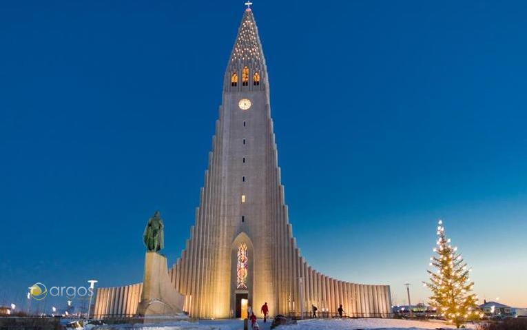 Hallgrimskirkja - Reykjavik / Island