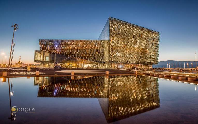 Konzert- und Konferenzhaus Harpa - Wahrzeichen Reykjaviks seit 2011