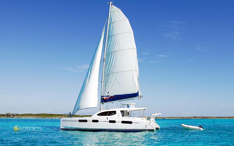 Segelyacht vor den Bahamas