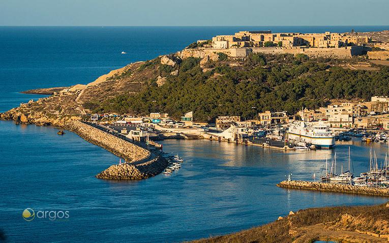 Mgarr Harbour auf der Insel Gozo