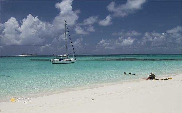 Rosa Island Beach - Nasau