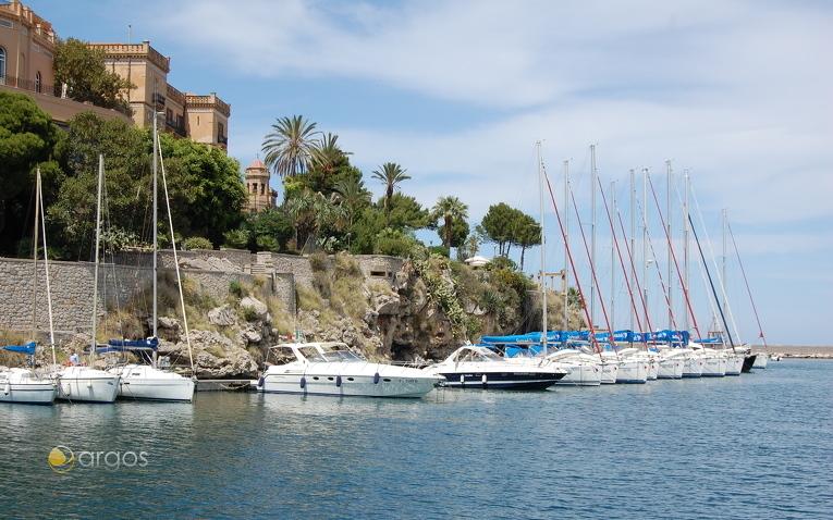 Sunsail Stützpunkt in Palermo