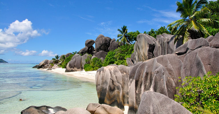 Anse Source dArgent © photo courtesy Gerard Larose - Seychelles Tourism Board