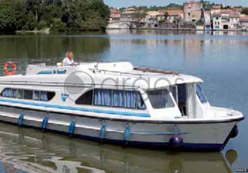 salsa b 4 kabinen 2 wc hausboot id 3552 argos yachtcharter. Black Bedroom Furniture Sets. Home Design Ideas
