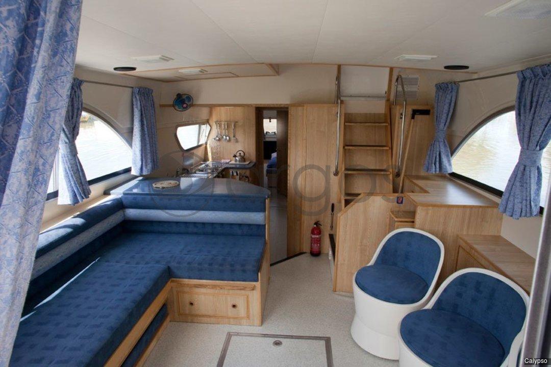 calypso 3 kabinen 2 wc hausboot id 2649 argos yachtcharter. Black Bedroom Furniture Sets. Home Design Ideas